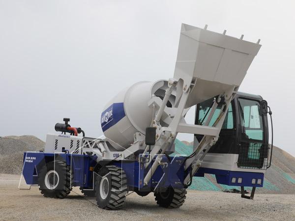Самоходный бетоносмеситель с самозагрузкой купить в Казахстане